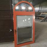 Arco con rallar la ventana de aluminio de la rotura termal