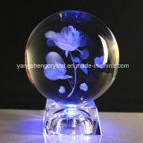 Bille de verre en cristal transparent avec fleur bleue