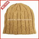 Bonnet de bonnet en hiver chaud fait à la main