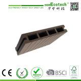 最も売れ行きの良い木製のプラスチック合成のDecking、現代Deckingのタイル、防水WPCの屋外のフロアーリング