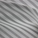 Klassisches gefärbtes gestreiftes Polyester gesponnenes Gewebe