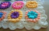 Изготовленный на заказ новой валик цветка вязания крючком вычуры конструкции декоративной связанный рукой