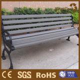 Stock Divers types de parc extérieur public et meubles de rue de jardin