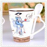 Tasses de café 12oz promotionnelles en gros avec la cuillère et le traitement de coeur