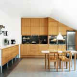 Комплект шкафа мебели кухонного шкафа кухни прямой связи с розничной торговлей фабрики допустимый