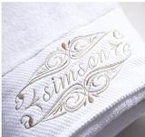 100% de Katoenen die Badhanddoek van het Hotel met Borduurwerk wordt geplaatst (gezichtshanddoek. badhanddoek)