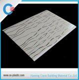 Haining usine panneau PVC PVC Panneau de plafond Panneau mural plat d'estampage à chaud