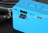 Haut-parleur sans fil de Bluetooth de cube en eau d'arc-en-ciel de mini haut-parleurs carrés portatifs bon marché des silicones DEL avec l'éclairage LED coloré de clignotement