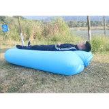 ポータブルはLoungerナイロンファブリックたまり場の倍の膨脹可能なソファーの空気ベッドを速く袋に入れる