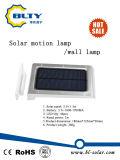 Lampada solare del giardino con l'indicatore luminoso del sensore di movimento di PIR