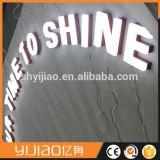 Coutume acrylique peinte en métal annonçant la lettre lumineuse acrylique