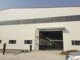 クレーンが付いているプレハブのマルチスパンライト鉄骨構造の工業ビル