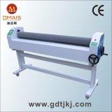 a máquina de estratificação fria manual de 1600mm (63 '') com Calor-Ajuda