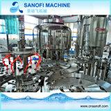 Machine de remplissage automatique de l'eau minérale de bouteille d'animal familier