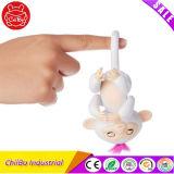 Amazon верхней части горячего интерактивный детский Fingerlings Monkey игрушка палец