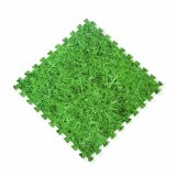 Couvre-tapis de mousse d'EVA avec l'herbe pour la cour de jeu