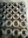 La saldatura dello zoccolo ha forgiato l'accoppiamento mezzo del acciaio al carbonio degli accessori per tubi