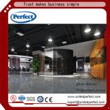 Non -combustible dalle de plafond en fibre de verre noir/panneau