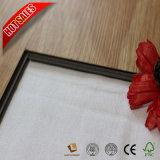 クリック4mmの中国の低価格PVCタイルのフロアーリング