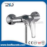 Misturador quente & frio da torneira fixada na parede do Faucet do banheiro do chuveiro