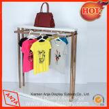 Boutique de vêtements en métal Rack