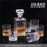 7PCS bottiglia di whisky bevente del vetro a calce sodata dell'insieme uno con 6 tazze