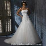 A - linha vestidos nupciais que perlam os vestidos de casamento Mz3021 de Tulle do laço