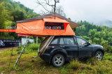 2017の紙表紙のルーフラックの上の屋外のキャンピングカーのテントの特大適合ほとんどの十字棒