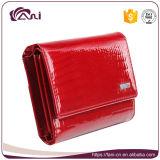 Бумажник неподдельной кожи зерна крокодила женщин красного цвета малый