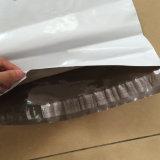 Il marchio che su ordinazione il poli bollettino ha stampato il corriere di plastica insacca i sacchetti di spedizione colorati