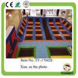 Equipamento interno do campo de jogos do parque do Trampoline da fonte da fábrica da alta qualidade para a venda (TY-7T6409)