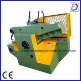 Machine de découpage de feuillard d'alligator