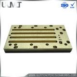 Abnehmer bildete Hersteller Aluminium-CNC-Teile durch Precision Machinery