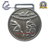 Medalla de los atletas del maratón de la fábrica con la muestra libre y las ilustraciones