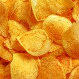 Жарить заедки картофельных стружек еды делая машину