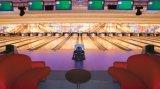 Il bowling lavora la strumentazione alla macchina di bowling di Brunswick