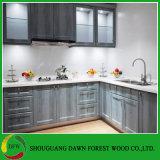 Gabinetes de cozinha de madeira da cor da grão do projeto simples de Europa