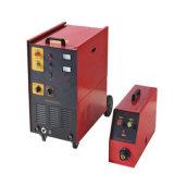 Máquina de solda MIG MIG-350HD Soldador no processo de CO2