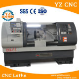 CNC 유압 물림쇠 8 공구 포스트를 가진 도는 선반 기계