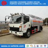 Camion del serbatoio di combustibile del camion 10cbm del serbatoio dell'olio di Sinotruk HOWO 4X2 10m3