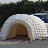Mostra gonfiabile bianca di cerimonia nuziale del partito della tenda di evento