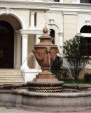 Fontana quadrata esterna della scultura dell'arenaria del giardino