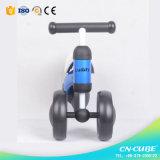 中国の工場安い価格の新しいモデルの赤ん坊の歩くスクーター