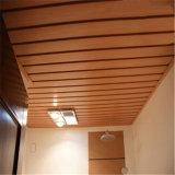 Plafond en plastique en bois du composé WPC de profil décoratif d'approvisionnement d'usine