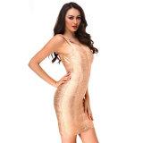 Heiße Golddoppelt-Schulter-Schaufel-Stutzen-Damen, die Form-Verband-Kleid tragen