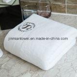 Hôtel spa facial prix d'usine broderie serviettes