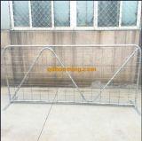 熱いすくいの電流を通された鋼鉄溶接された網の田園農場のゲート