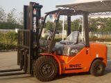 Empilhadeira Diesel 4 Tonnen-Gabelstapler mit festem Reifen