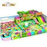 Le jeu d'intérieur d'enfants stationne des matériels de cour de jeu pour la maison