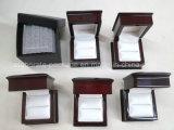 Hölzerner Hochzeits-Geschenk-Ring-Luxuxkasten